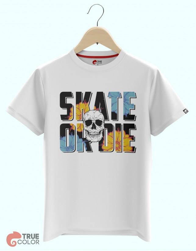 Футболка SKATE OR DIE